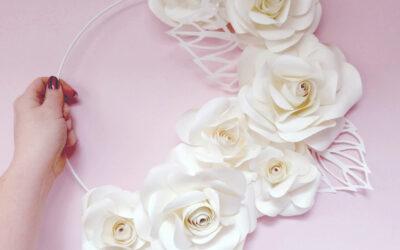 Bloemenkrans van papier